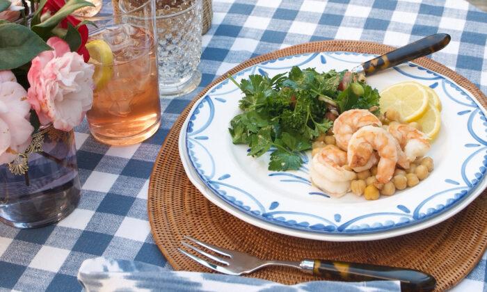 Celebrate the season with this light, refreshing menu. (Victoria de la Maza)