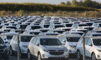 US Automakers Post Higher Quarterly Sales Even as Chip Shortage Bites