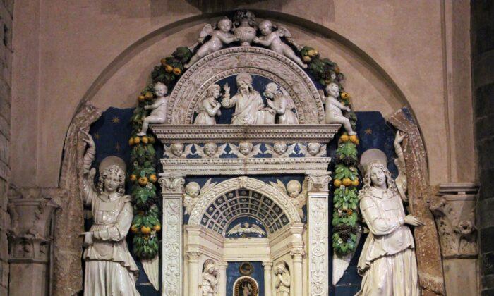 Eucharistic tabernacle, circa 1512, by Andrea della Robbia. (Sailko/CC BY-SA 4.0)