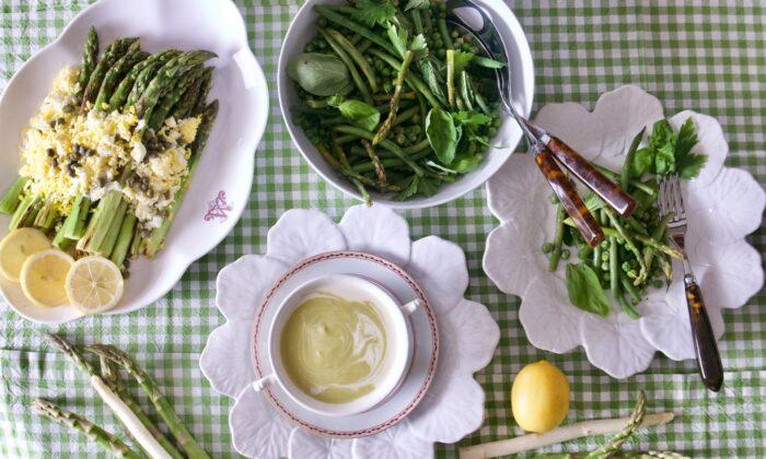 Three recipes to take advantage of the short asparagus season. (Victoria de la Maza)