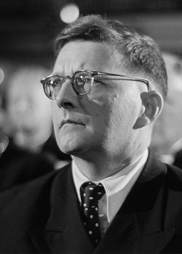 Dmitri_Shostakovich_credit_Deutsch