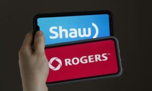 Academics, Smaller Telecoms Say Rogers Shouldn't Be Allowed to Buy Freedom Mobile