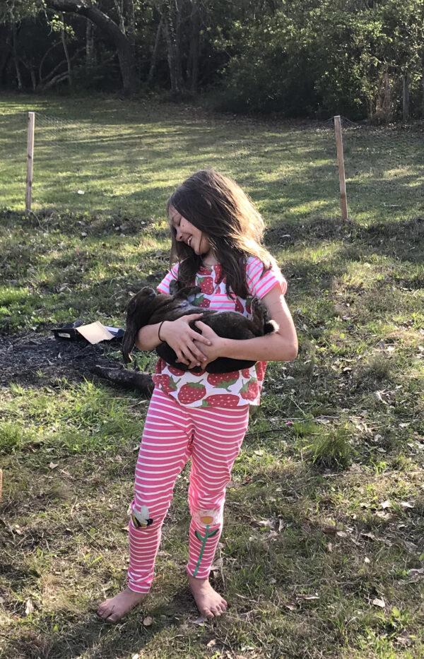 giovanna with rabbit