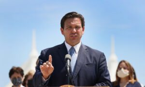 DeSantis: Florida Won't Cave to Pressure to Remove Ban on 'Vaccine Passports'