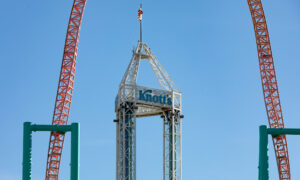 Knott's Berry Farm Announces Reopening After Year-Long Closure