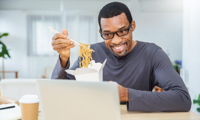Arrange to meet for lunch online. (paulaphoto/Shutterstock)
