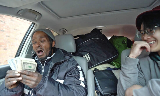 Vlogger Raises $17,000 for Homeless Man He Met on His Road Trip: 'I Want to Humanize Him'