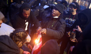 Rioting Ensues in Minnesota After Police Shooting of Daunte Wright
