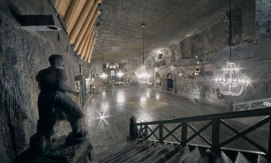 Underground Salt Mine in Poland Has Otherworldly Saline Lakes, Statues, Ballrooms That Defy Belief