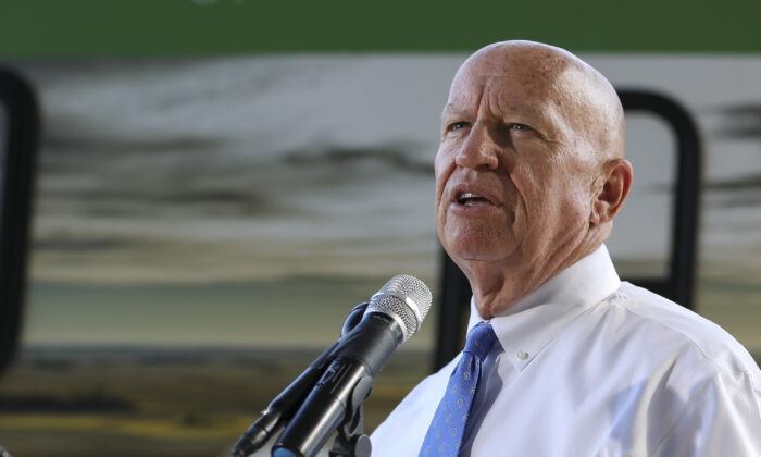 Rep. Kevin Brady (R-Texas) joins Members of Congress and farmers from across the country to rally for the United States-Mexico-Canada Agreement (USMCA) on the National Mall in Washington on Sept. 12, 2019. (Samira Bouaou/The Epoch Times)