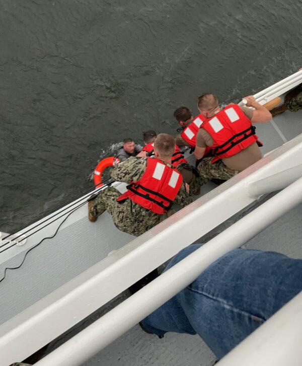gulf of mexico boat louisiana 12 missing