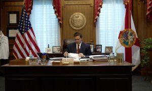 Gov. Desantis Signs Law That Bans Gun Regulation by Local Governments