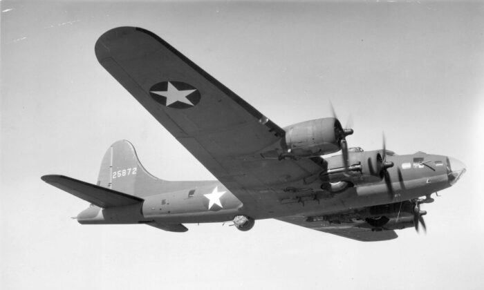 A U.S. B-17 Flying Fortress bomber is seen during World War II, circa 1939-1945. (Archive Photos/Getty Images)