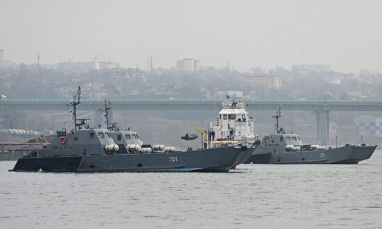 Russia Beefs up Warship Presence in Black Sea as Ukraine Tensions Simmer