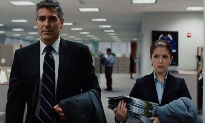 Ryan Bingham (George Clooney) is disconnected from his home life and Natalie Keener (Anna Kendrick) is disconnected from those in her work life. (Paramount Pictures)