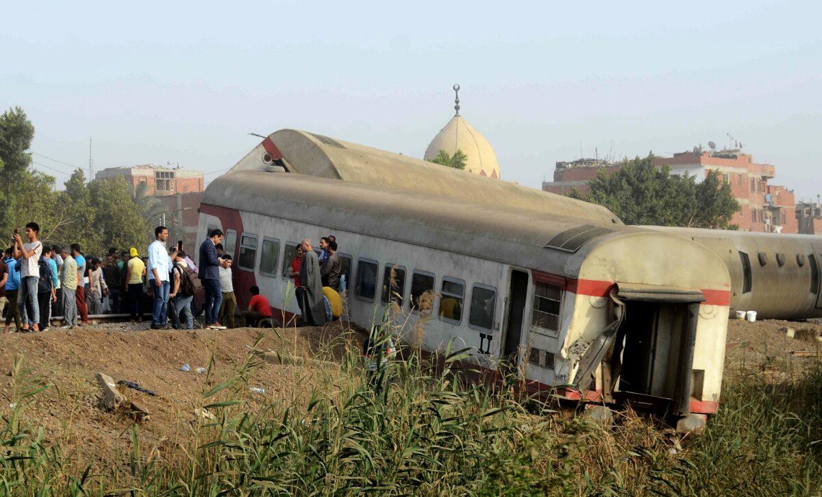 Egypt Says 11 Killed in Train Crash North of Cairo