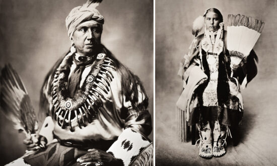Artist Uses Wet Plate Photography to Portray Native American Indians–and the Photos Are Stunning