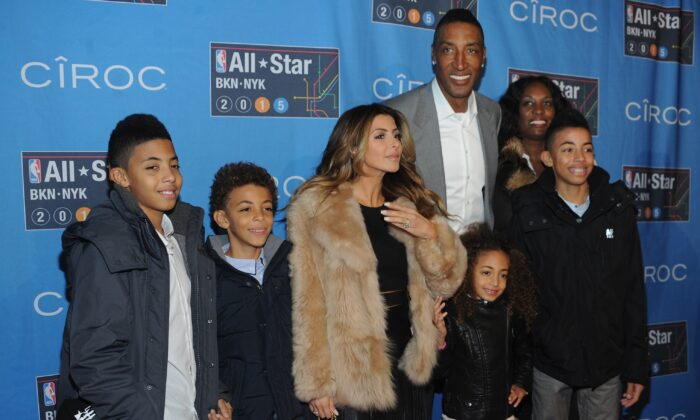 Larsa Younan and Scottie Pippen with their family attend The 64th NBA All-Star Game in New York City on Feb. 15, 2015. (Brad Barket/Getty Images)