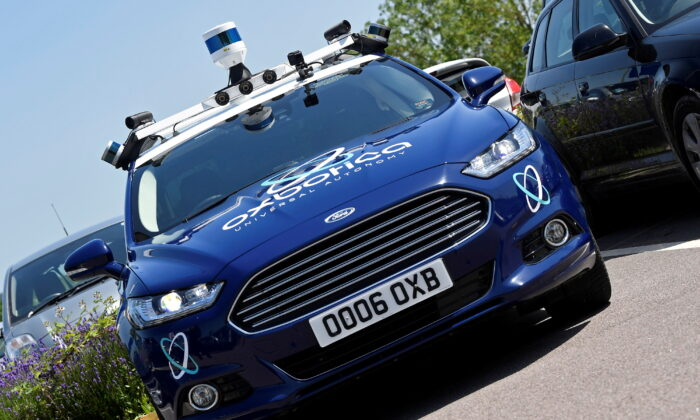 Sensors and other driving guidance technology are seen on a passenger vehicle being used to travel autonomously using Oxbotica software during a trial on public roads in Oxford, Britain, on June 27, 2019. (Toby Melville/Reuters)