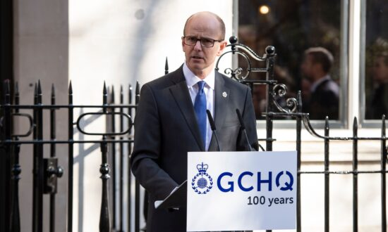 West Faces 'Moment of Reckoning' Over Chinese Tech Threat: UK Intelligence Chief