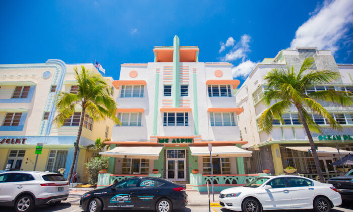 Ocean Drive in Miami Beach. (Mia2you/Shutterstock)