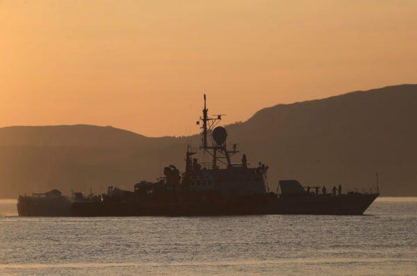 indonesian- navy-ship
