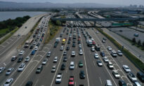 With Its Power Grid Under Pressure, California Asks Residents to Avoid Charging Electric Vehicles