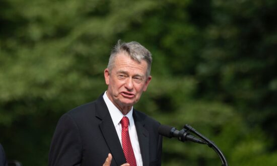 Idaho Governor Signs Bill Banning Abortions After Baby's Heartbeat Detected