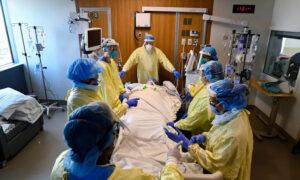 Military, Civilian Health Workers Heading to Hot Zones in Ontario, Nova Scotia