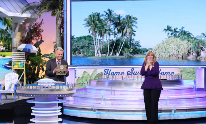 Rancho Santa Margarita teacher Laura Wolf Trammel appeared on the April 27, 2021, episode of Wheel of Fortune.  (© 2021 Quadra Productions, Inc., photographer Carol Kaelson. All rights reserved.)