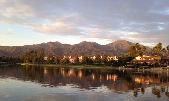 The lake in Rancho Santa Margarita, Calif, in a file photo. (Michelle Thompson/The Epoch Times)