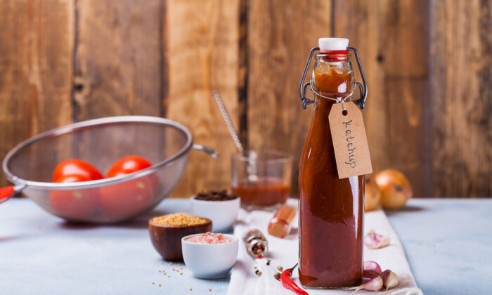 We can make it ourselves, and remarkably come out with a product that is very (very!) close to Heinz ketchup. (Daria Saveleva/Shutterstock)