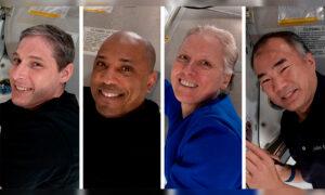 SpaceX Making 1st US Crew Splashdown in Dark Since Apollo 8
