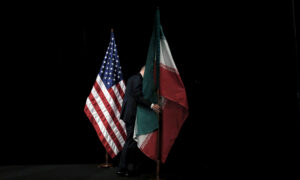 US Denies Iran's Claims of Prisoner, Cash Swap; UK Downplays