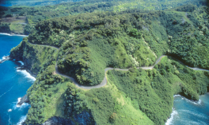 An aerial view of the Hana Highway on the island of Maui in Hawaii shows how difficult the road is to negotiate. (Courtesy of Victor Block)