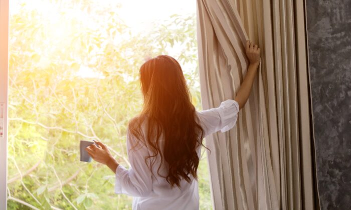 Get up early and align body rhythms with the rising sun. (PK Studio/Shutterstock)
