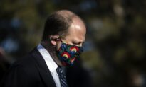 Colorado Governor Keeps Mask Mandate in Place, Loosens Some Restrictions