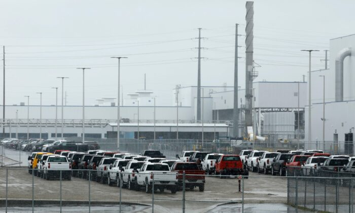 The General Motors Flint Assembly plant is viewed in Flint, Mich., on May 18, 2020. (Jeff Kowalsky/AFP via Getty Images)
