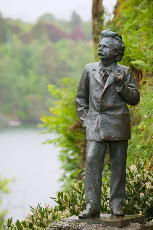 Bergen,,Norway,-,June,05,,2012:,Exterior,Of,The,Sculpture