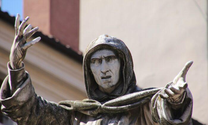 A statue of Dominican friar Girolamo Savonarola in Ferrara, Italy, on Sept. 25, 2018. Savonarola enforced a 1497 version of cancel culture on Florence, Italy, according to Roger L. Simon. (Gianni Careddu via Wikimedia Commons/CC BY-SA 4.0)