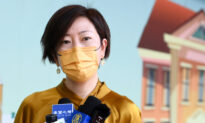 Epoch Times Reporter in Hong Kong Attacked by Bat-Wielding Man
