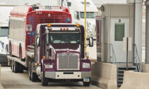 Montana Offers Free COVID-19 Vaccines to Canadian Truck Drivers