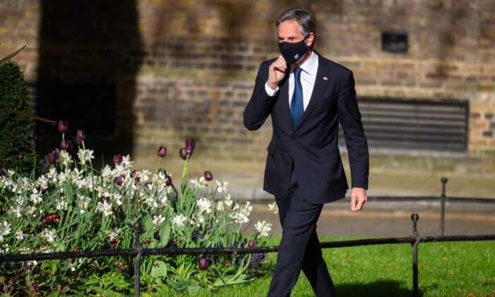 Secretary of State Antony Blinken arrives for a meeting with British Prime Minister Boris Johnson at Downing Street in London, England, on May 4, 2021. (Leon Neal/Getty Images)