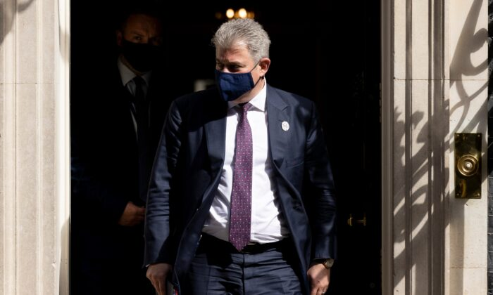 UK Secretary of State for Northern Ireland Brandon Lewis leaves 10 Downing Street after the weekly cabinet meeting on April 27, 2021. (Dan Kitwood/Getty Images)