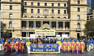 Australian Politicians Commemorate World Falun Dafa Day