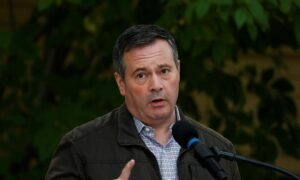Kenney Distances Himself From Caucus Vote to Turf Dissidents With 'Personal Agendas'