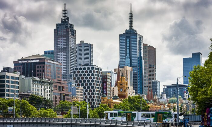 Residents of a Southbank townhouse complex in Melbourne, Australia have been ordered to isolate and get tested on June 14 after 2 positive COVID-19 cases were linked. (Neil Morrell/Pixabay)