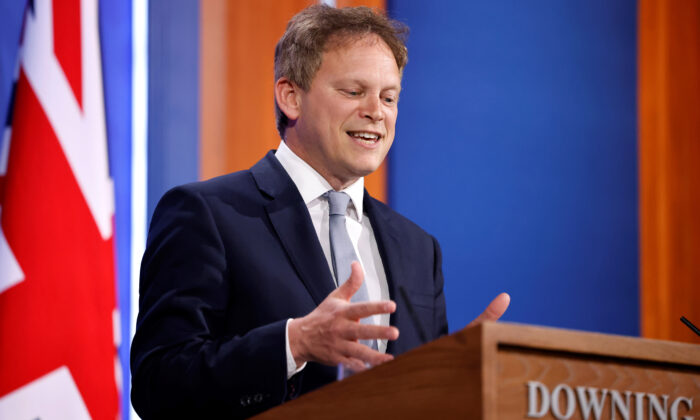 Transport Secretary Grant Shapps during a media briefing in Downing Street, London, on May 7, 2021. (Tolga Akmen/PA)