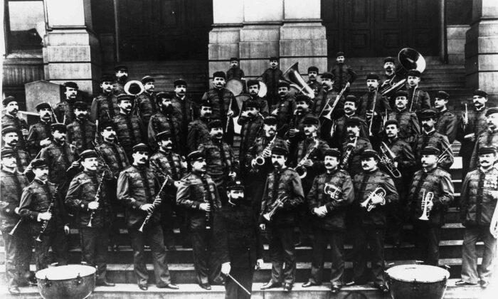 John Philip Sousa and his newly formed civilian band in 1893. (Public Domain)