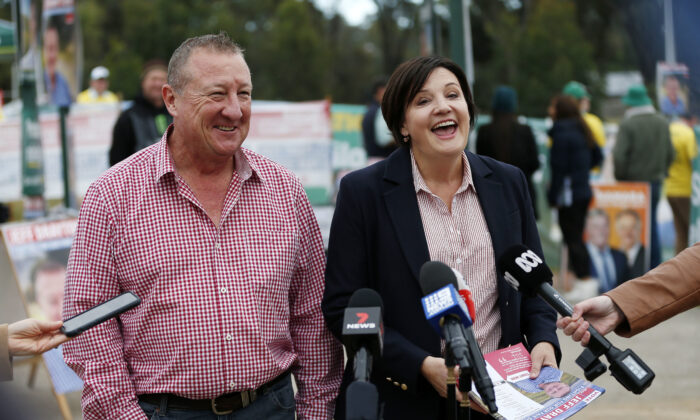 Labor candidate for Upper Hunter Jeff Drayton and NSW Opposition Leader Jodi McKay speak to Australian media during a press conference on polling day in Muswellbrook on May 22, 2021. (AAP Image/Darren Pateman)